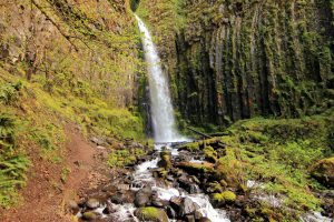dry creek falls oregon